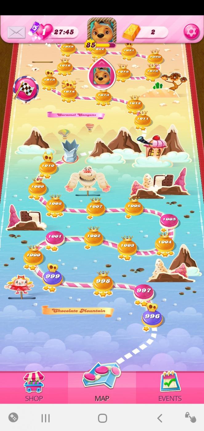 Screenshot_20200603-182154_Candy Crush Saga.jpg