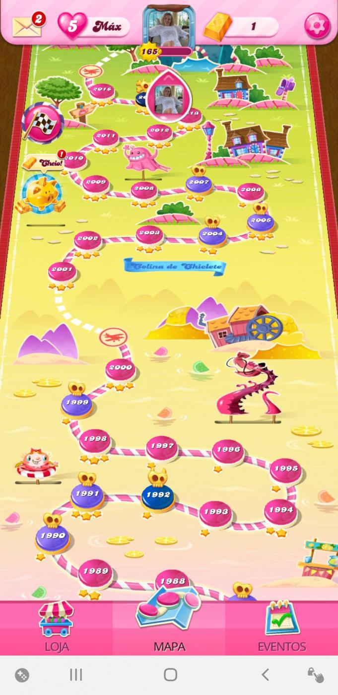 Screenshot_20200724-045633_Candy Crush Saga.jpg