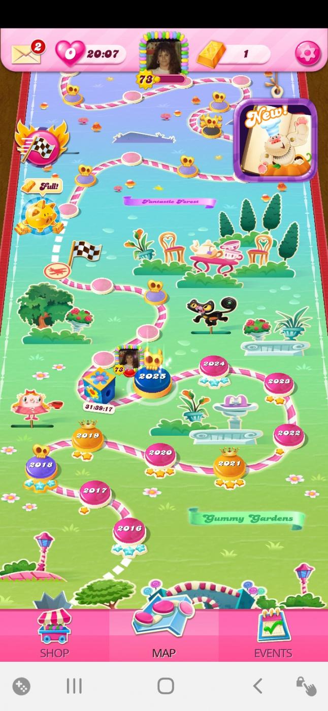 Screenshot_20201128-202044_Candy Crush Saga.jpg
