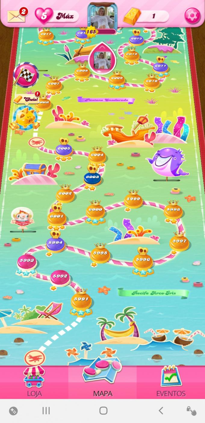 Screenshot_20200724-045901_Candy Crush Saga.jpg