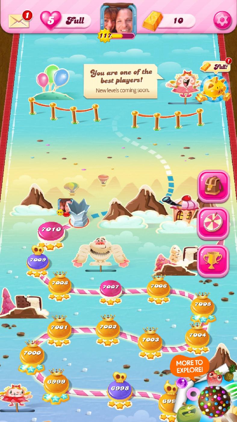 Screenshot_20200524-080936_Candy Crush Saga.jpg