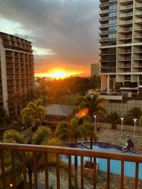 Oahu hotel 2.jpg