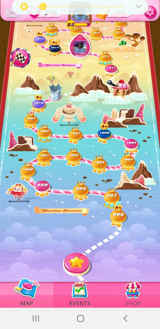 Screenshot_20210307-154639_Candy Crush Saga.jpg