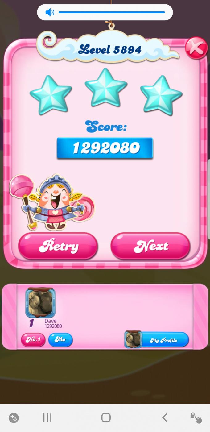 Screenshot_20200811-155018_Candy Crush Saga.jpg