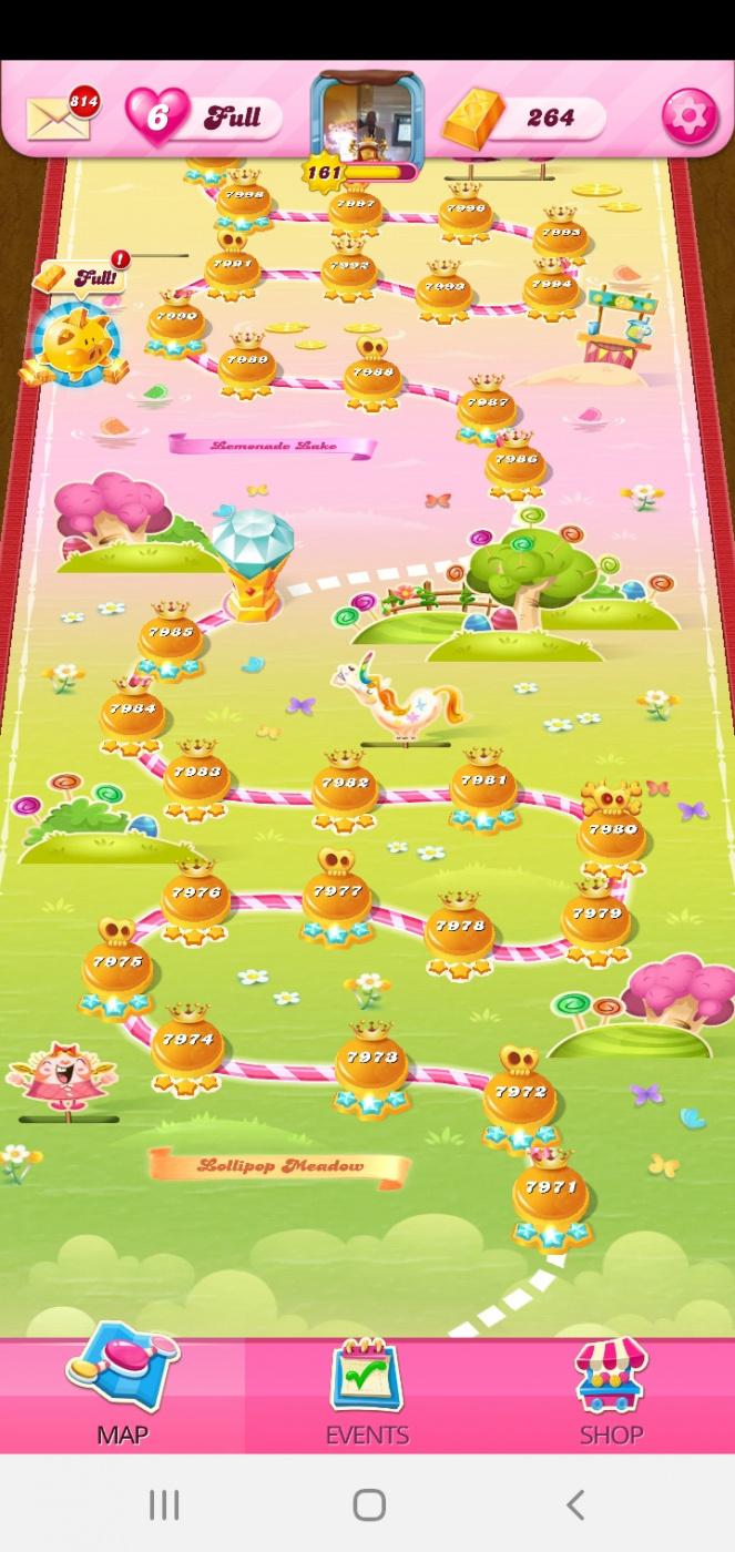 Screenshot_20201021-184227_Candy Crush Saga.jpg