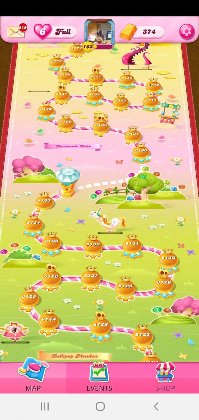 Screenshot_20201113-153921_Candy Crush Saga.jpg
