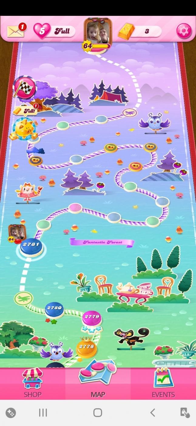 Screenshot_20200604-002305_Candy Crush Saga.jpg
