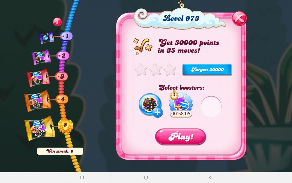 Screenshot_20210124-063933_Candy Crush Saga.jpg