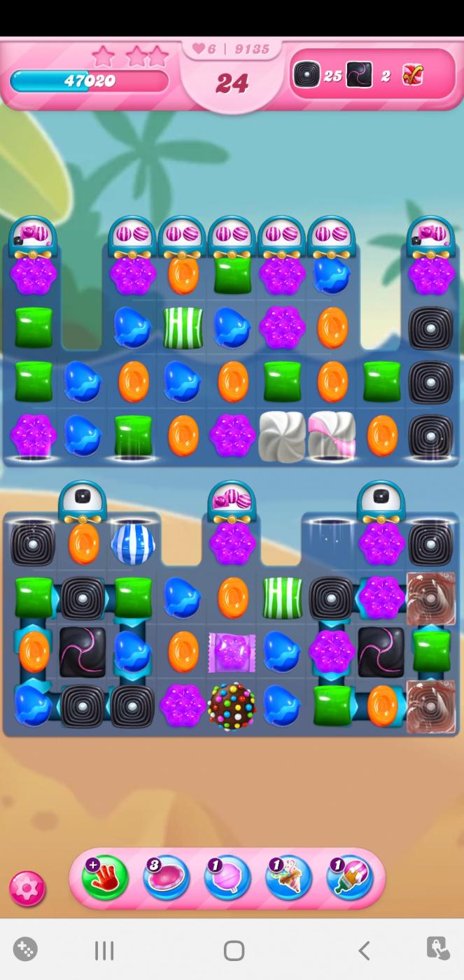 Screenshot_20210415-092638_Candy Crush Saga.jpg