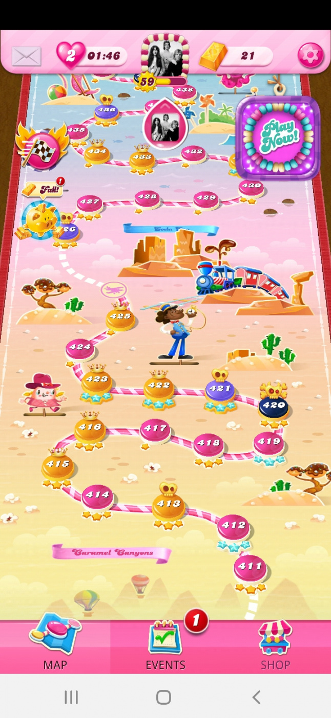 Screenshot_20210614-231931_Candy Crush Saga.jpg