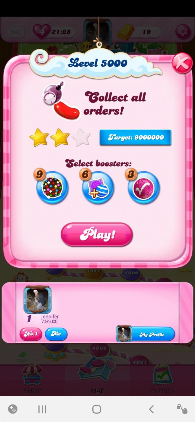 Screenshot_20200605-052355_Candy Crush Saga.jpg