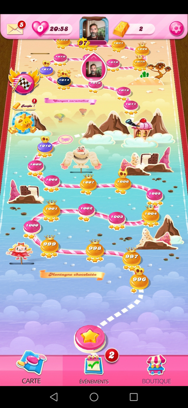Screenshot_20201006_144459_com.king.candycrushsaga.jpg