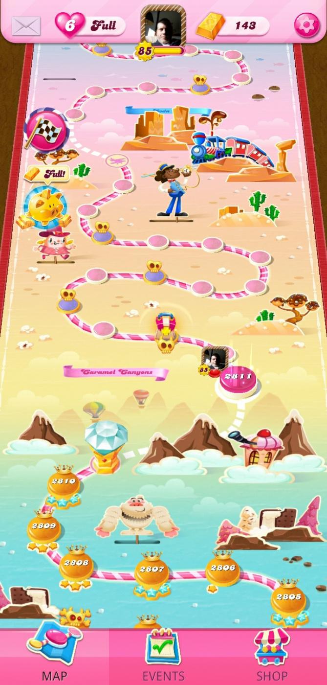 Screenshot_20210622-005124_Candy Crush Saga.jpg