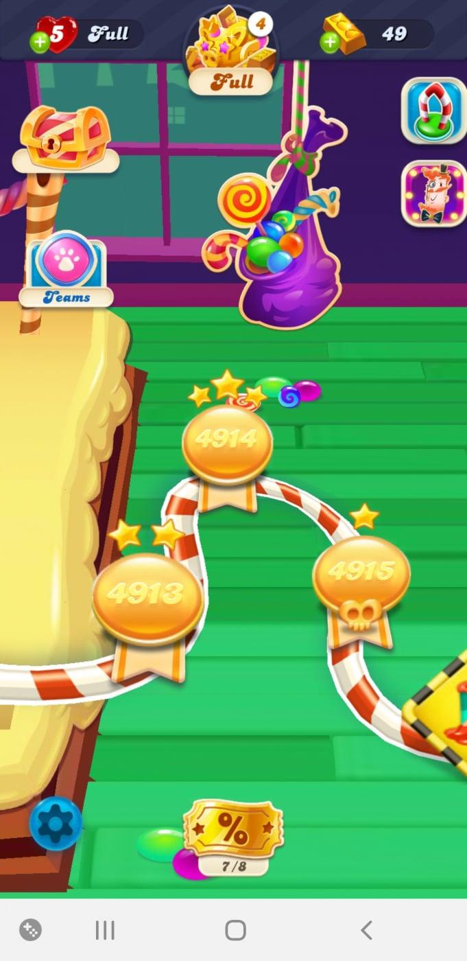 Screenshot_20200529-120918_Candy Crush Soda.jpg