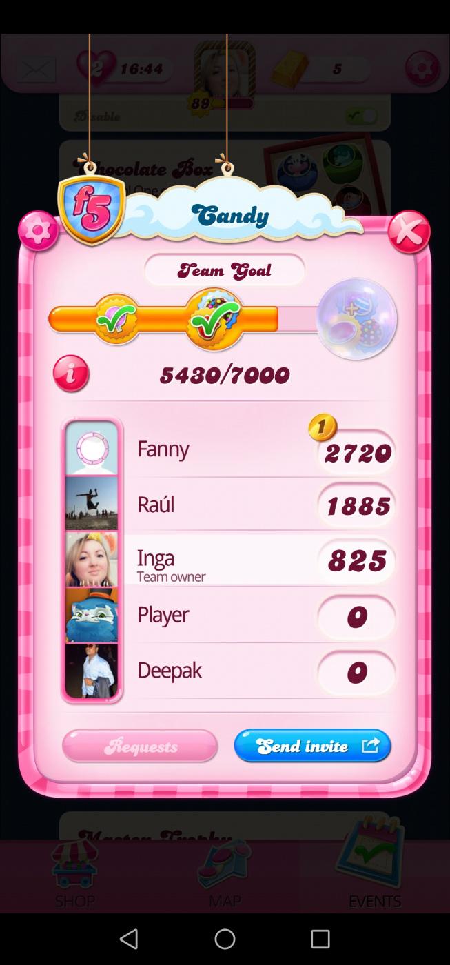 Screenshot_20200625_144219_com.king.candycrushsaga.jpg