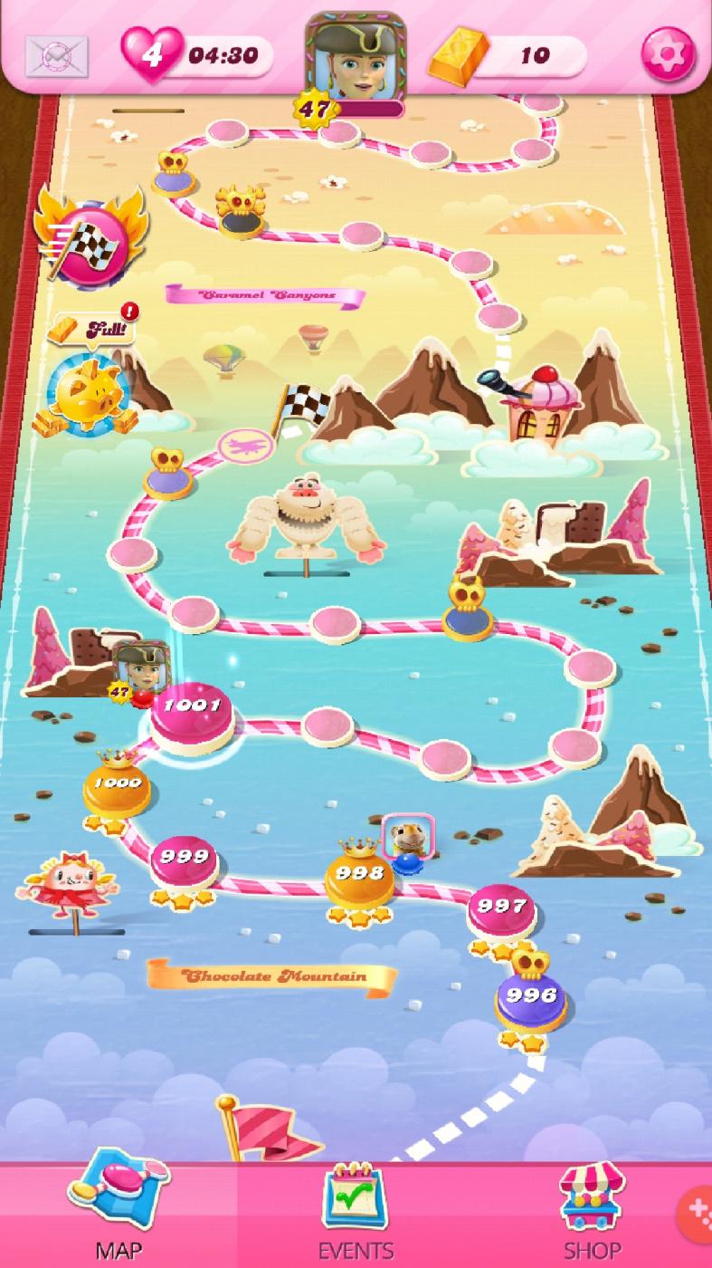 Screenshot_20201006-194236_Candy Crush Saga.jpg