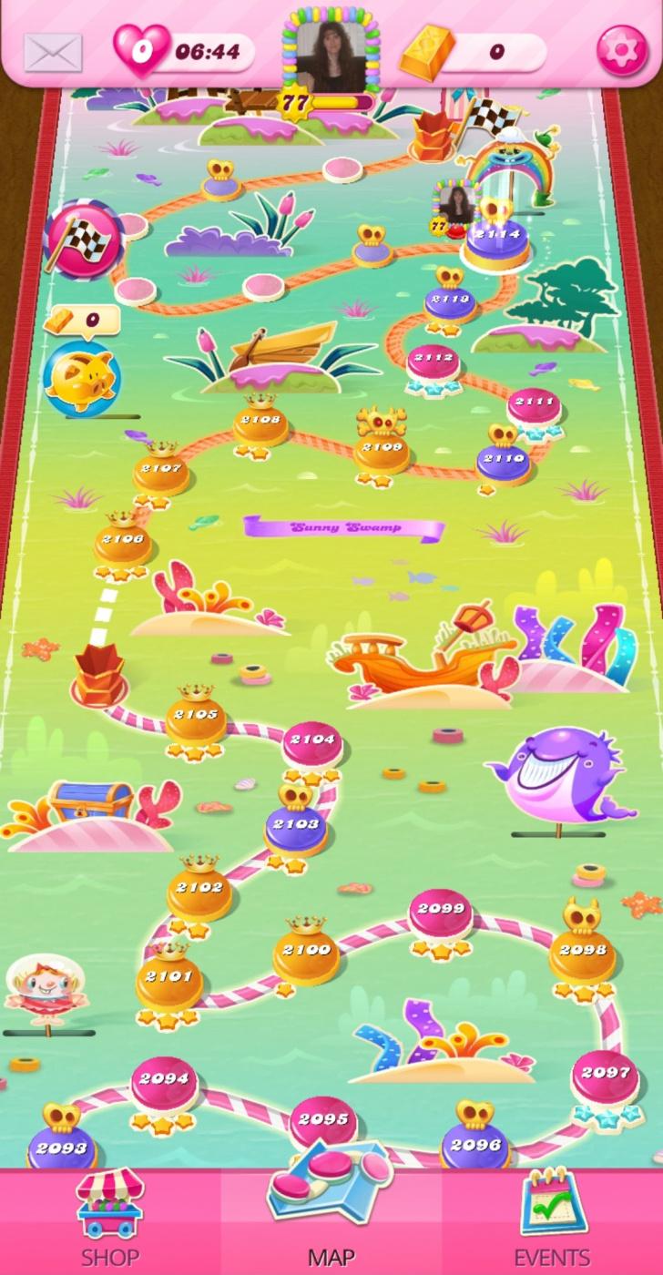 Screenshot_20200806-071305_Candy Crush Saga.jpg