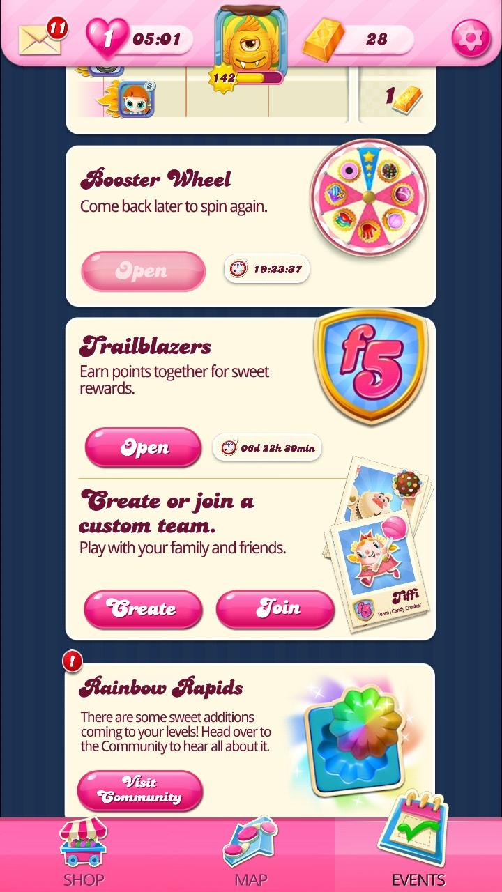 Screenshot_20200625-213440_Candy Crush Saga.jpg