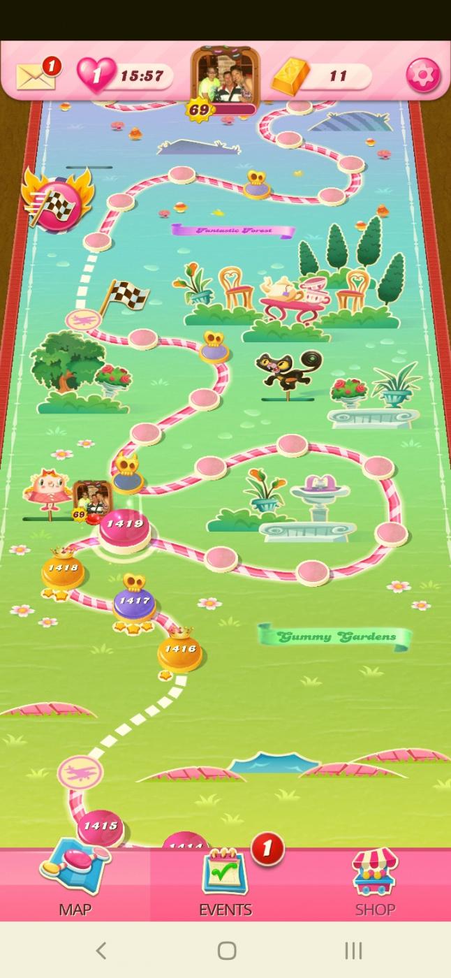 Screenshot_20200928-225425_Candy Crush Saga.jpg