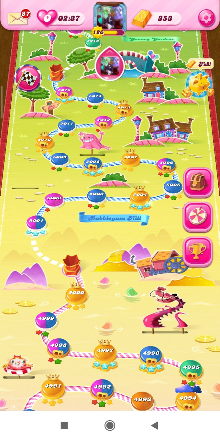 Screenshot_2020-05-26-23-01-15-952_com.king.candycrushsaga.jpg