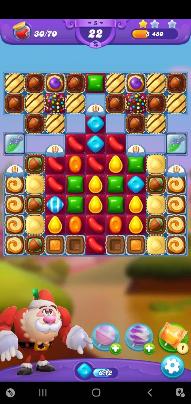 Screenshot_20210505-120415_Candy Crush Friends.jpg