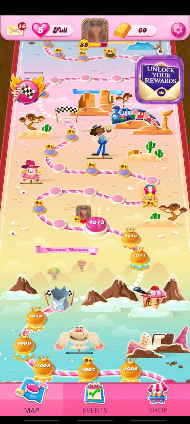 Screenshot_20210611-021258_Candy Crush Saga.jpg