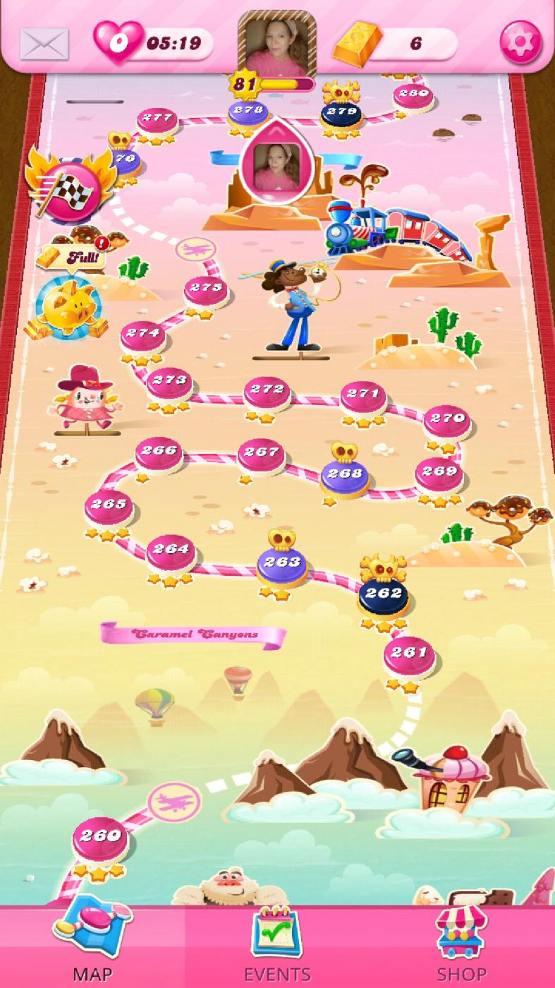 Screenshot_20210401-185449_Candy Crush Saga.jpg