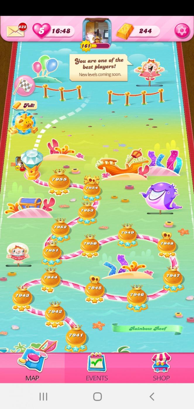 Screenshot_20201015-051743_Candy Crush Saga.jpg