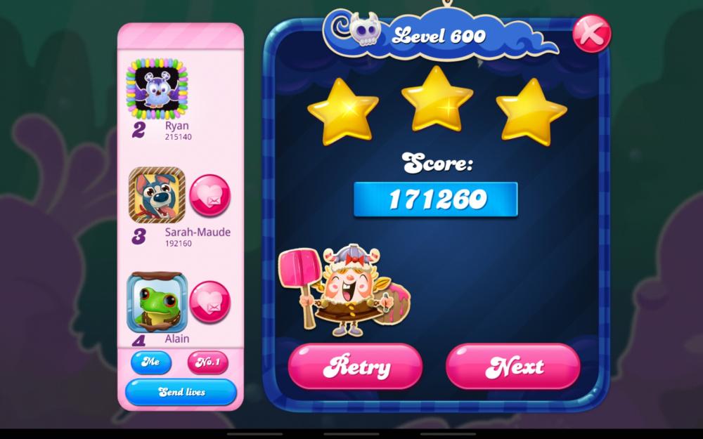 Screenshot_20210925-181026_Candy Crush Saga.jpg