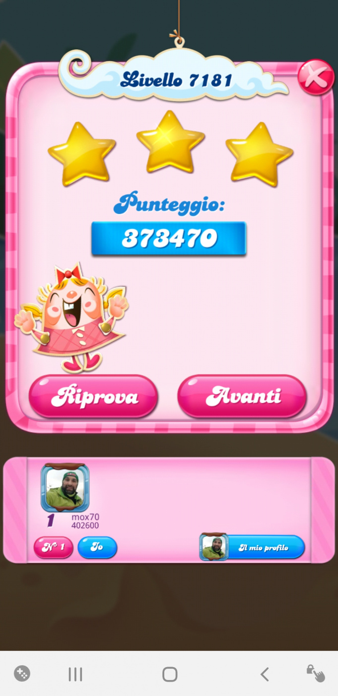 Screenshot_20210201-211827_Candy Crush Saga.jpg