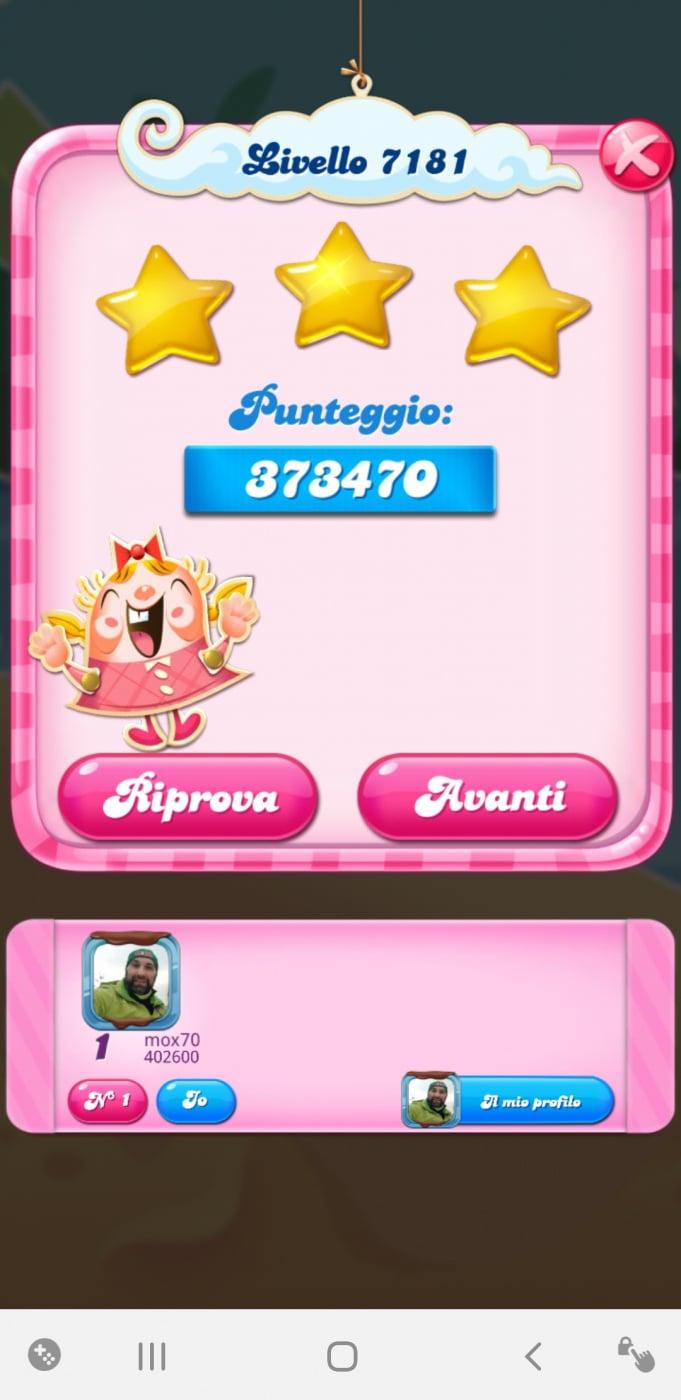 Screenshot_20210201-211827_Candy Crush Saga.jpg