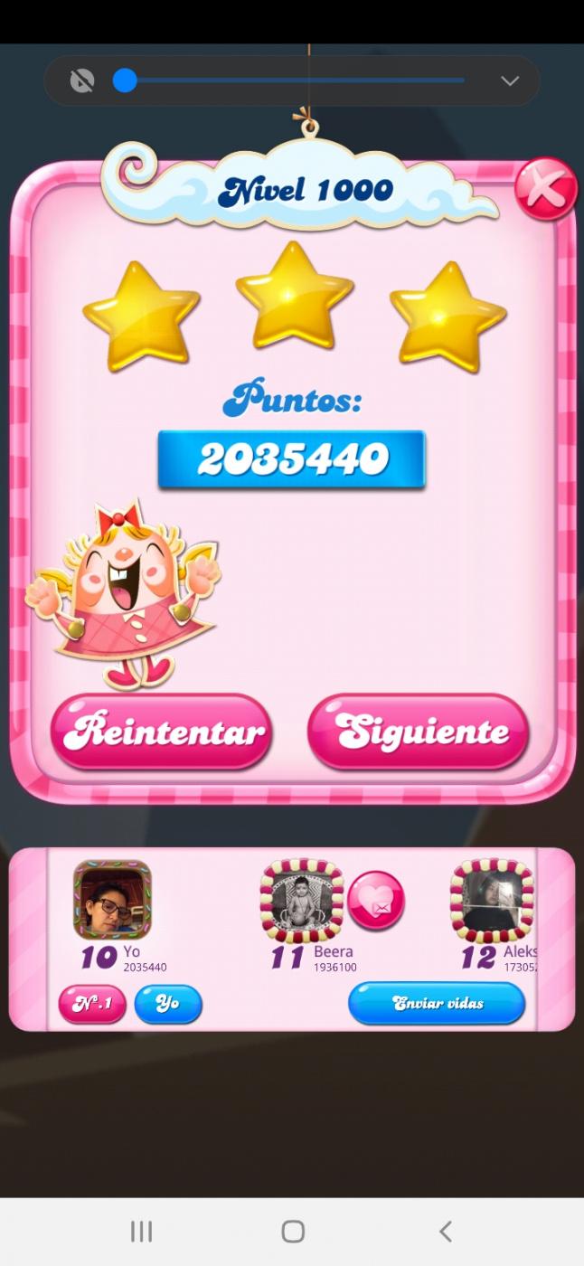 Screenshot_20210615-190246_Candy Crush Saga.jpg