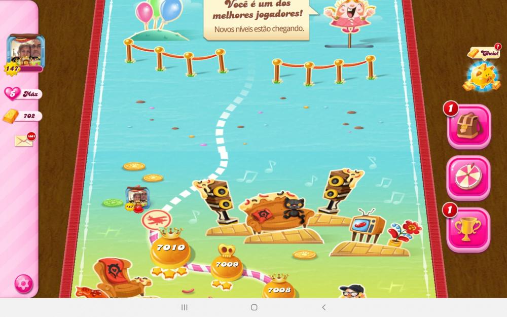 Screenshot_20200522-232556_Candy Crush Saga.jpg