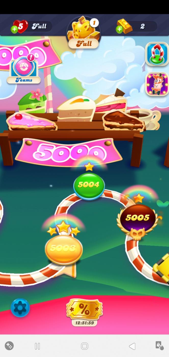 Screenshot_20200613-030514_Candy Crush Soda.jpg