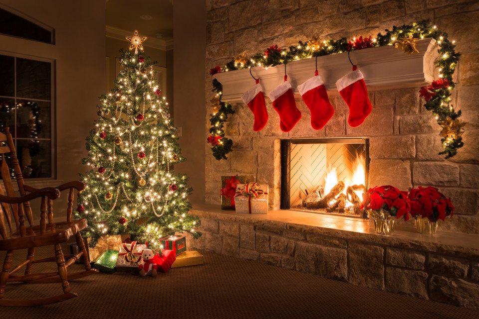 Christmas-Decorations-min.jpg