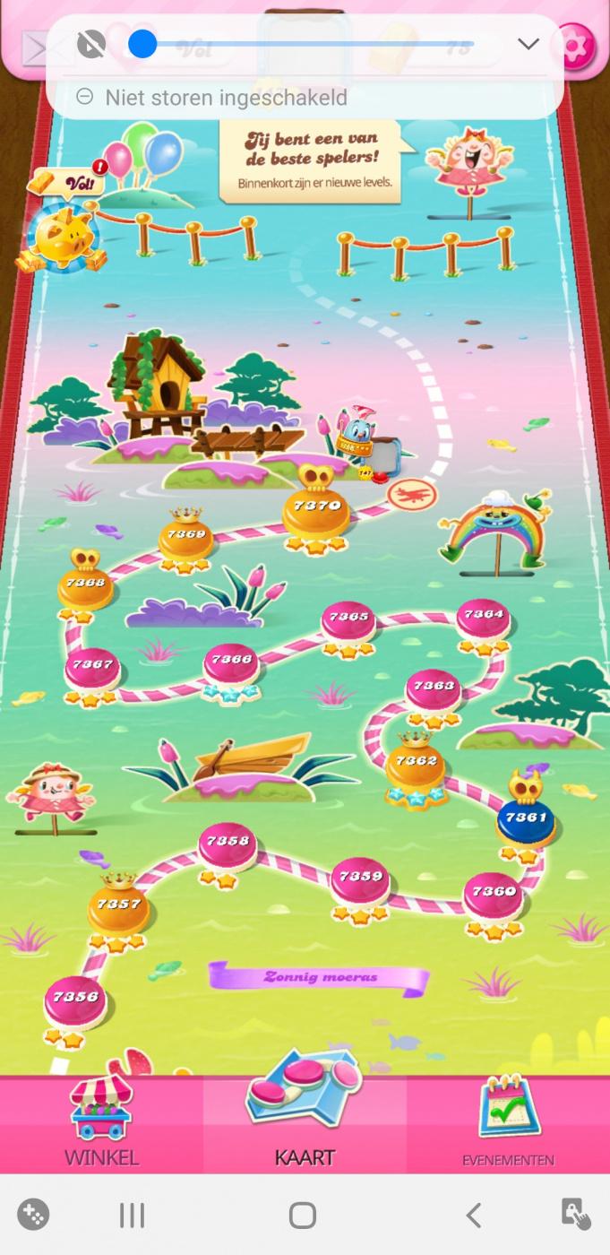 Screenshot_20200718-075106_Candy Crush Saga.jpg