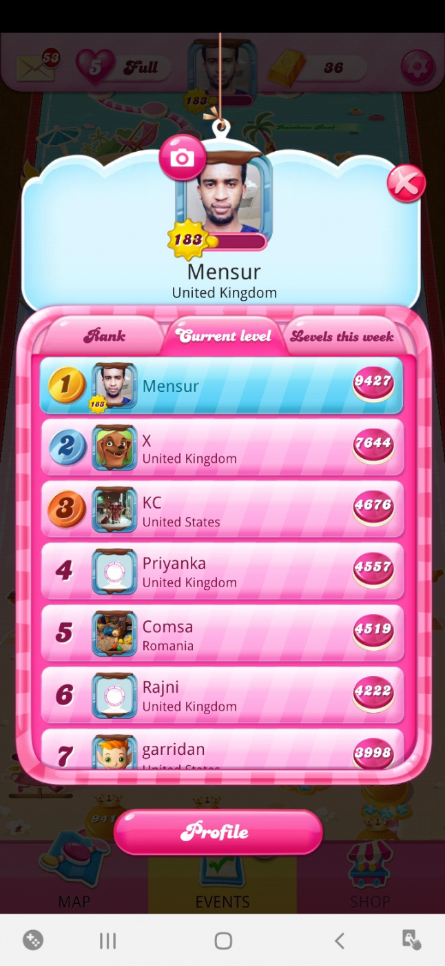 Screenshot_20210616-215505_Candy Crush Saga.jpg