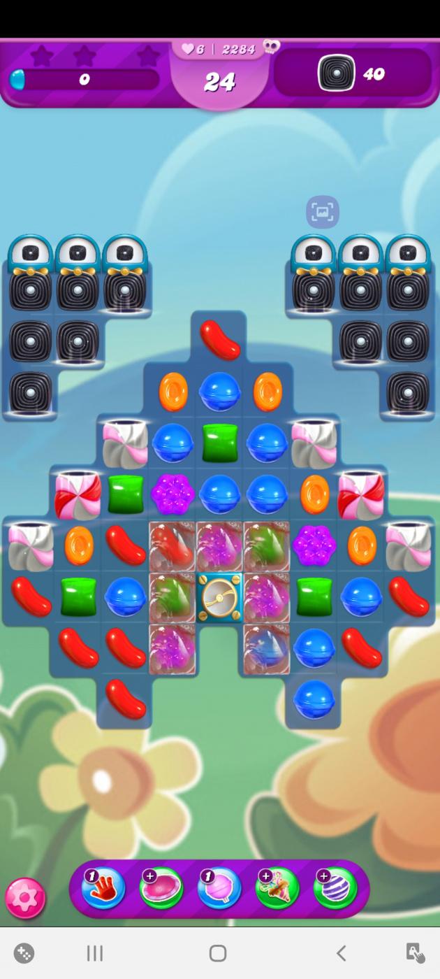 Screenshot_20201020-193955_Candy Crush Saga.jpg