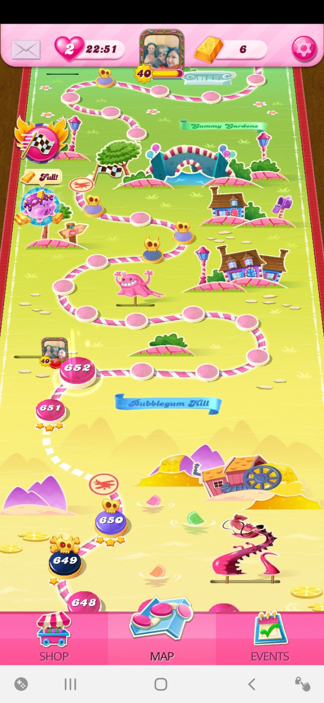 Screenshot_20200723-001705_Candy Crush Saga.jpg