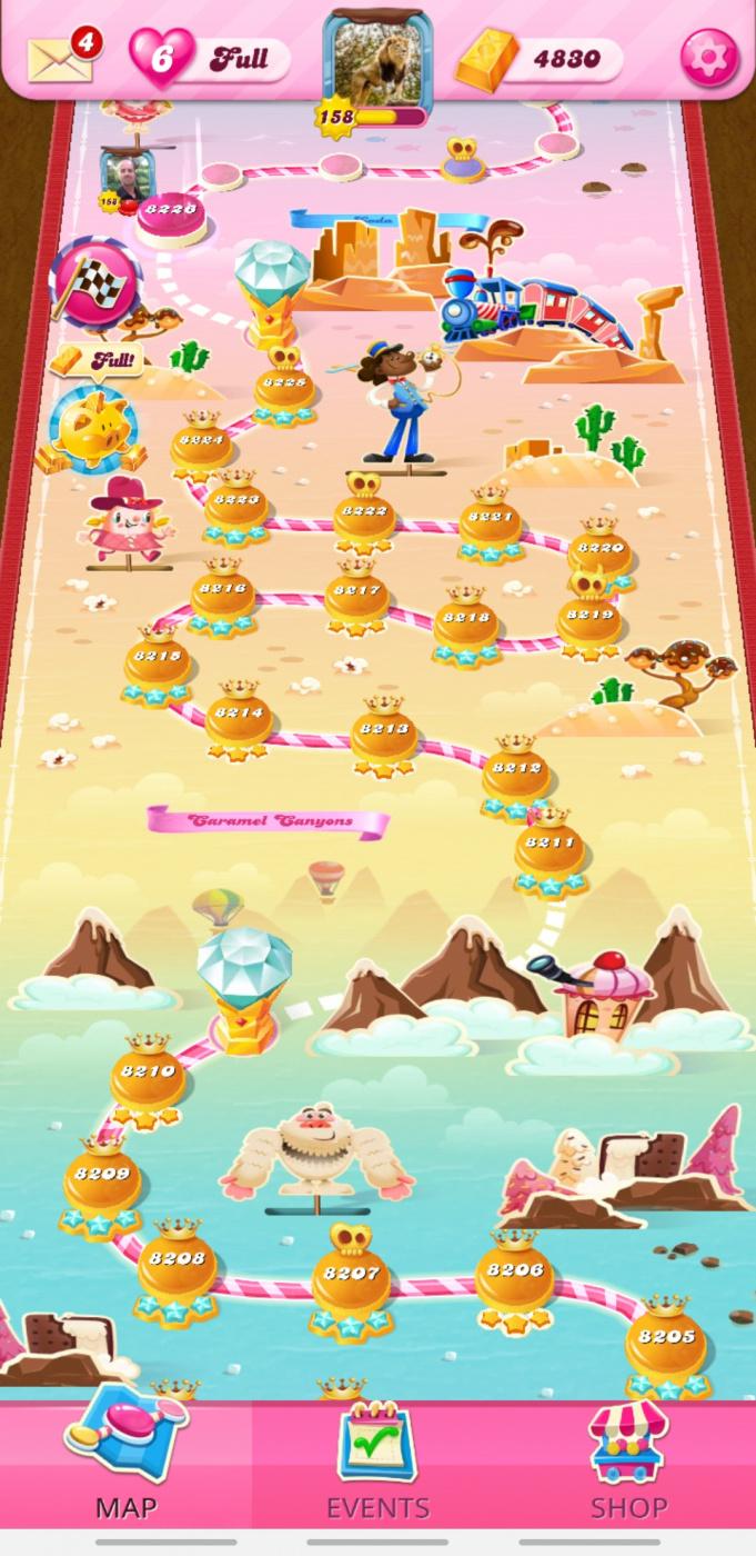 Screenshot_٢٠٢١٠٤١٢-٠٠٤٢١٠_Candy Crush Saga.jpg