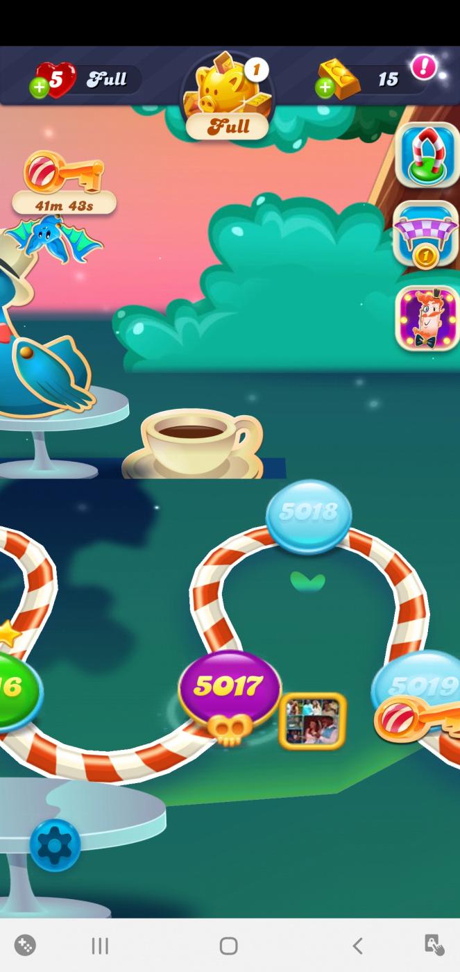 Screenshot_20200620-163259_Candy Crush Soda.jpg