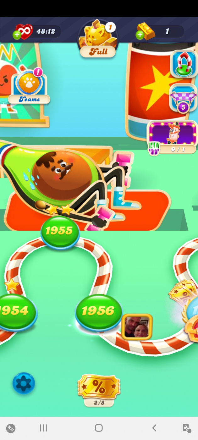 Screenshot_20200531-194351_Candy Crush Soda.jpg