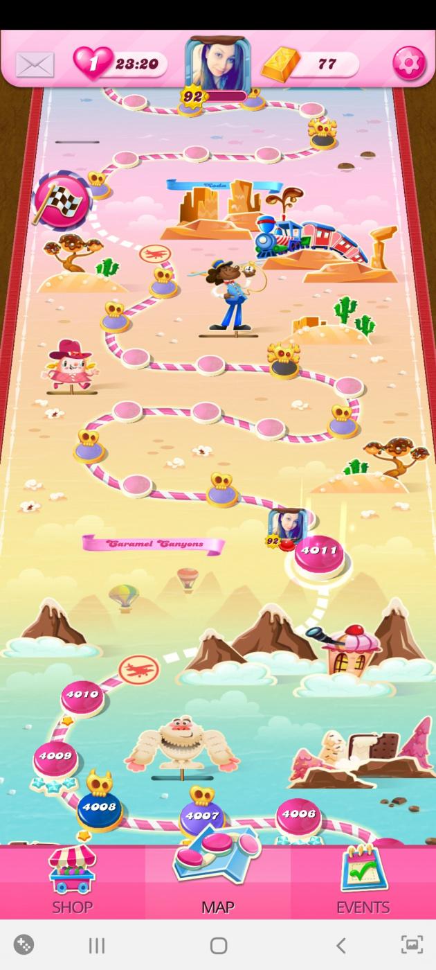 Screenshot_20200810-004310_Candy Crush Saga.jpg