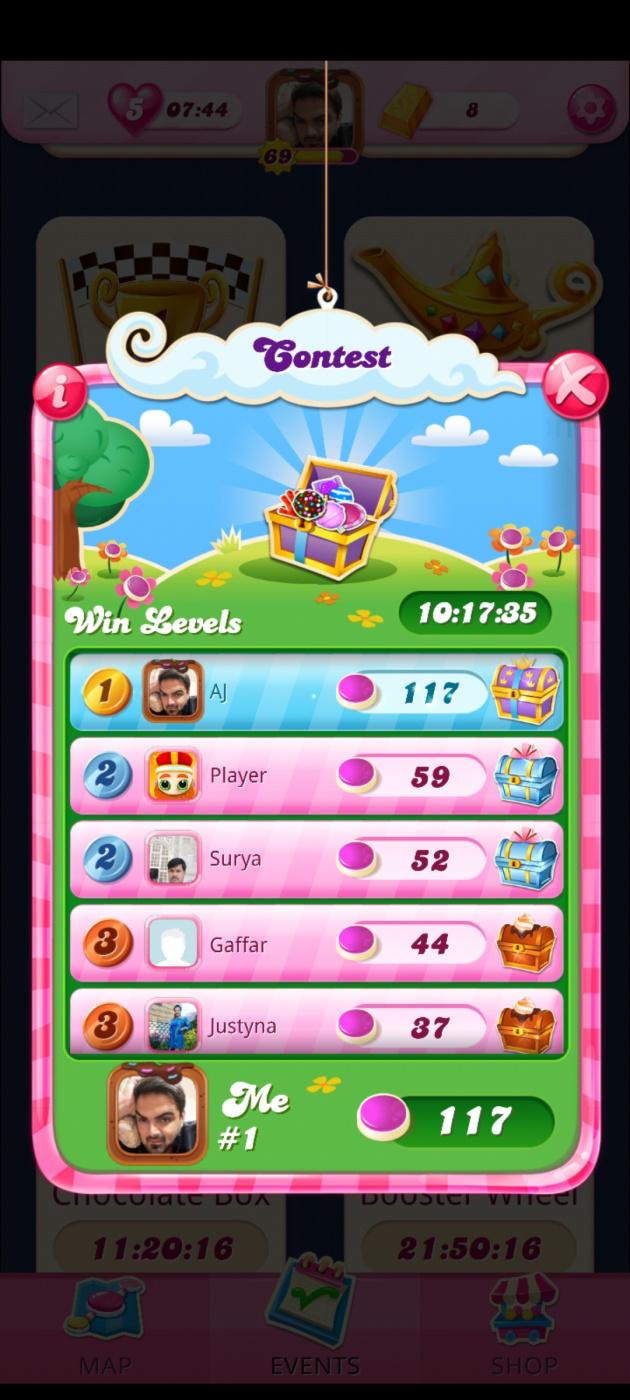 Screenshot_20210412-021225_Candy Crush Saga.jpg
