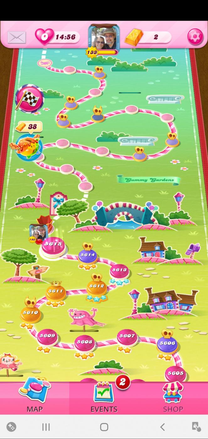 Screenshot_20201123-092937_Candy Crush Saga.jpg