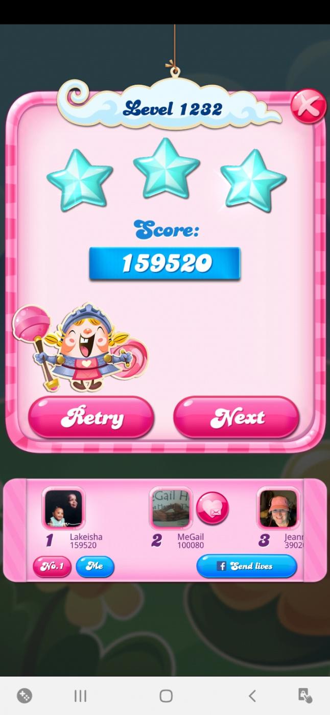 Screenshot_20210207-210413_Candy Crush Saga.jpg