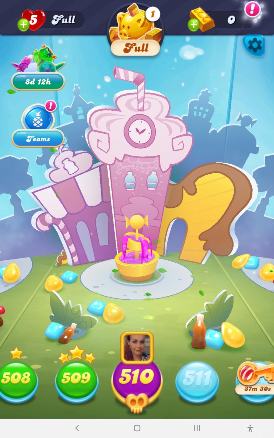 Screenshot_20210323-043931_Candy Crush Soda.jpg