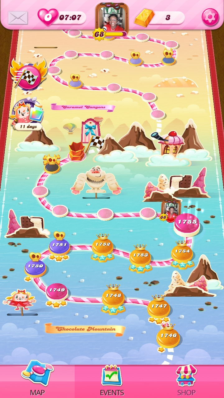 Screenshot_20201029-131718_Candy Crush Saga.jpg