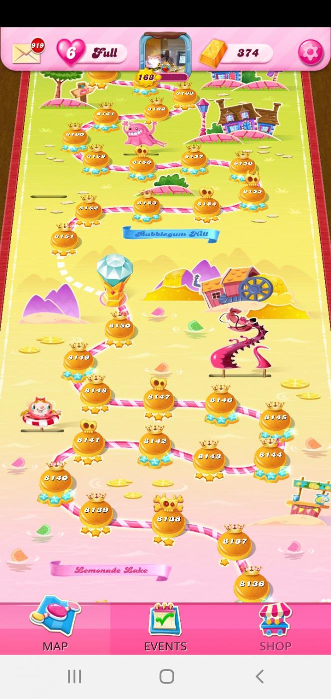 Screenshot_20201113-153927_Candy Crush Saga.jpg