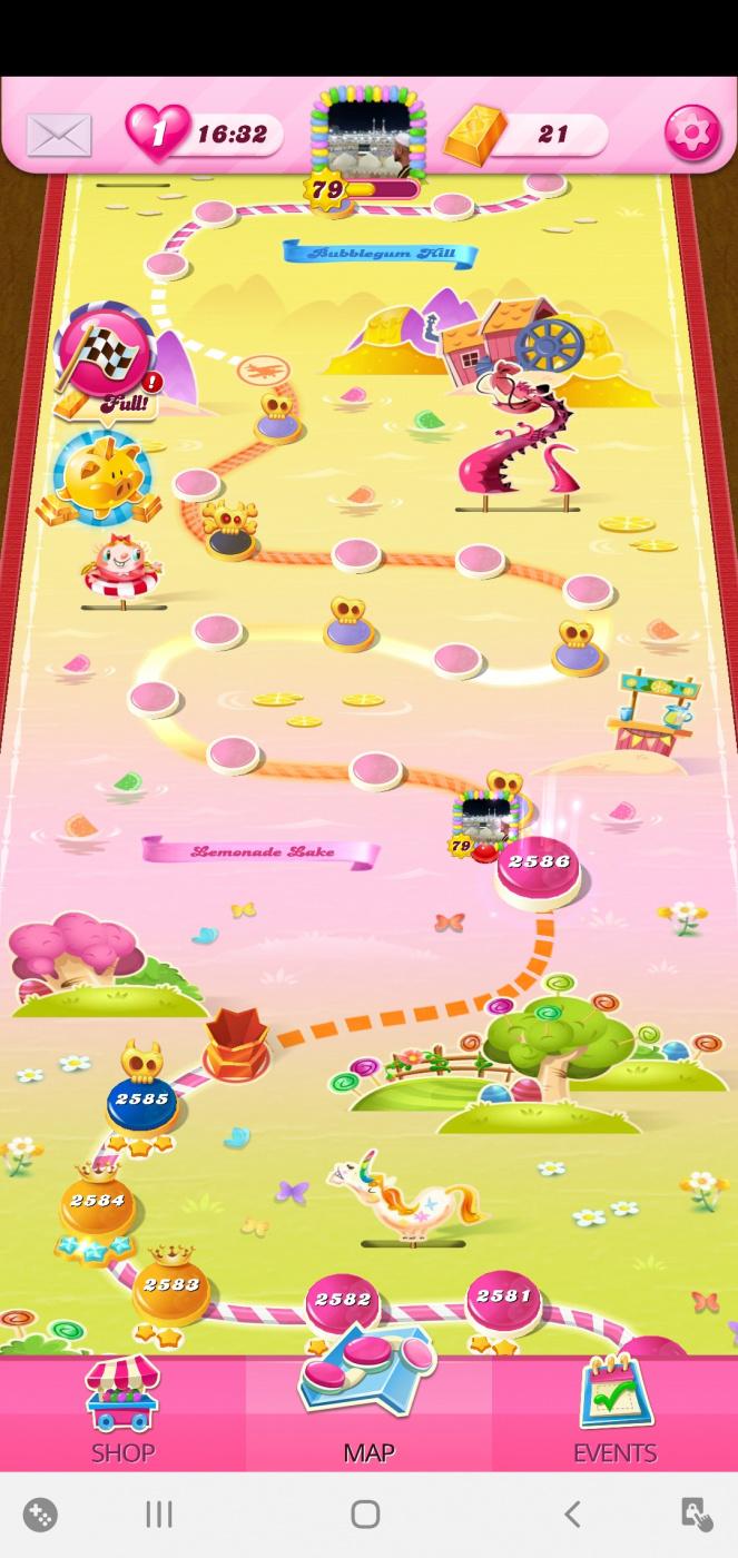 Screenshot_20200716-051623_Candy Crush Saga.jpg